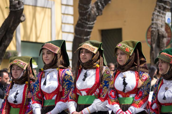 Sant'Efisio la processione della festa di Cagliari
