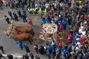 Sant'Efisio la festa di Cagliari e il corteo della processione